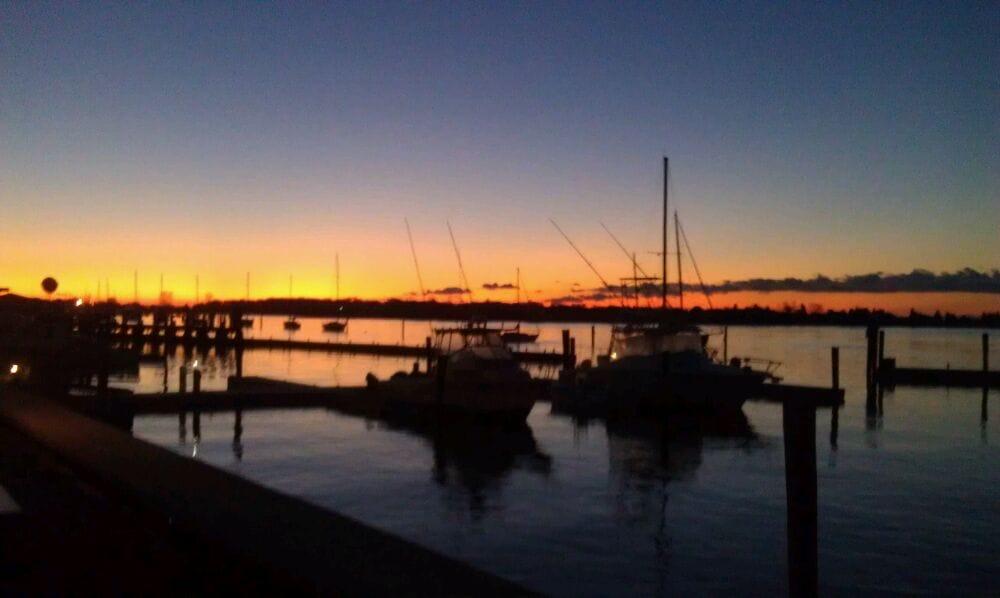 Cedar Island Marina: 34 Riverside Dr, Clinton, CT