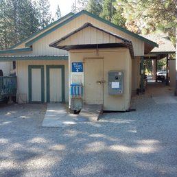 Lake siskiyou camp resort 119 fotos 104 beitr ge for Lake siskiyou resort cabins