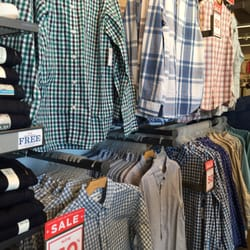 ef0e08140c9 Old Navy Clothing Company - 24 Photos   61 Reviews - Men s Clothing - 55  Colma Blvd