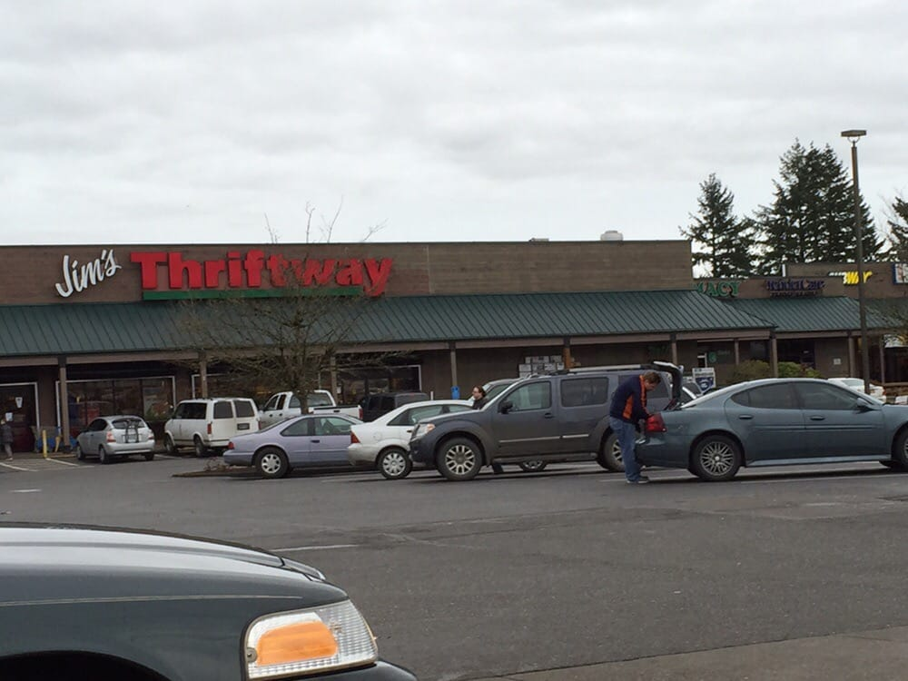 Jim's Thriftway: 12350 NW Main St, Banks, OR