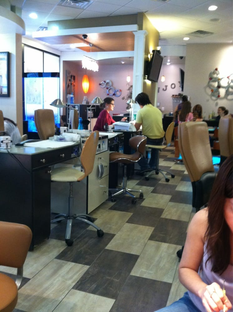 5th avenue nail spa nail salons 788 briarcliff ave for Accentric salon oakridge