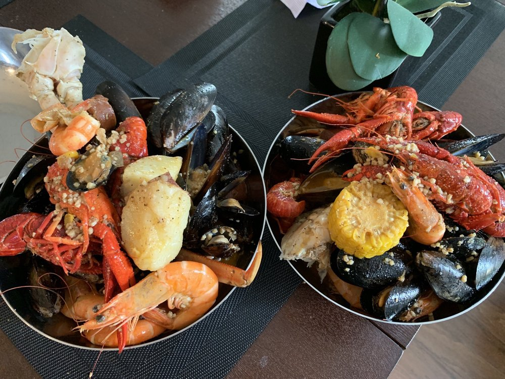 The Seafood Pot: 5629 Rivers Ave, North Charleston, SC