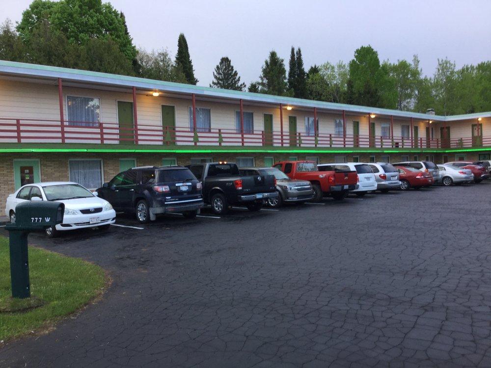 Cedars Motel: 777 W Cloverland Dr, Ironwood, MI