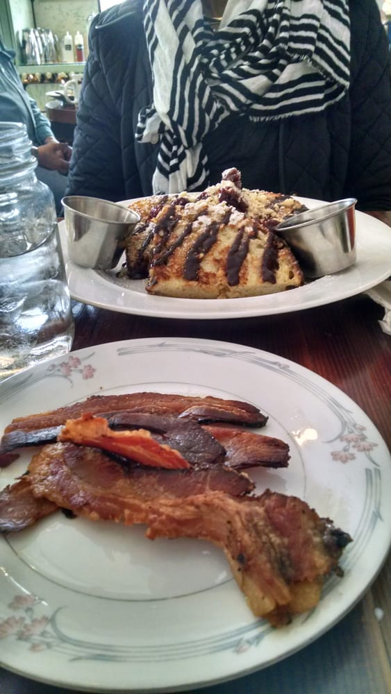 This is hazelnut french toast with choc ganache drizzled w for Little spoon cafe