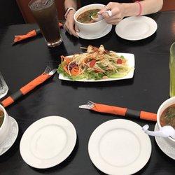 16 Finn Thai Restaurant And Bar