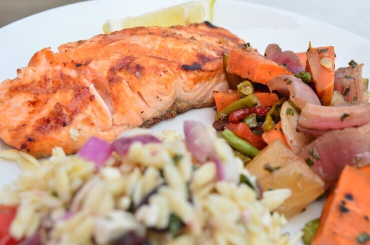 Simple Salmon with grilled vegetables and Mediterranean ...