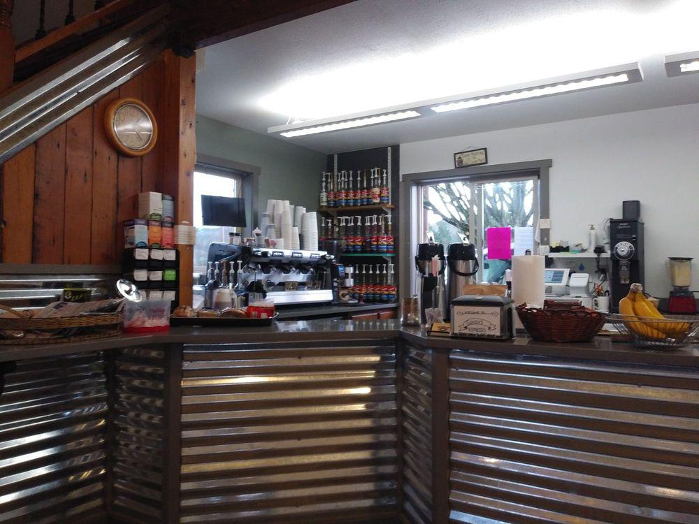 Sandy's Espresso: 4650 Tolt Ave, Carnation, WA