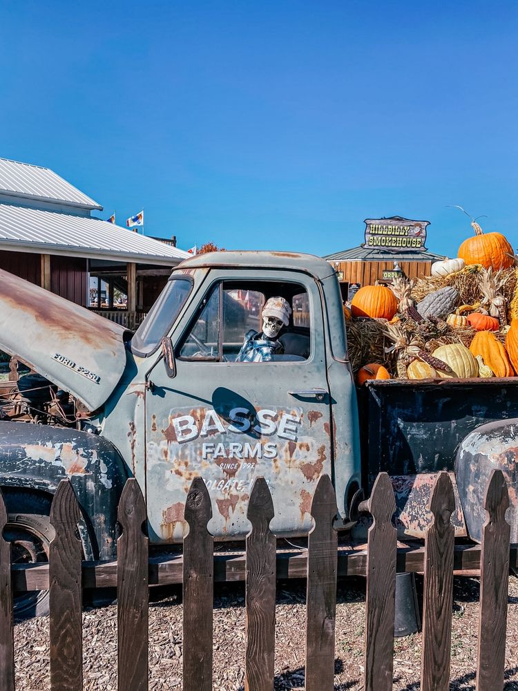 Basse's Taste of Country Farmers Market