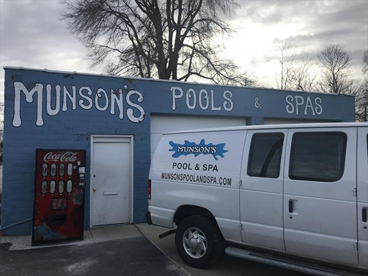 Munson S Pool Spa Cleaners 850 E Main St Gaurg Il Phone Number Last Updated December 11 2018 Yelp