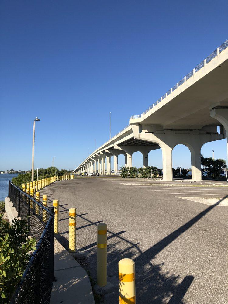 Belleair Boat Ramp Park: 3900 W Bay Dr, Belleair Bluffs, FL
