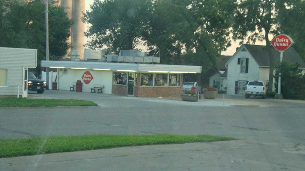 Dairy Queen: 1015 4th Ave S, Denison, IA