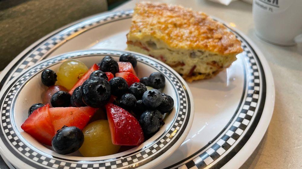 Downtown Diner: 701 Front St, Celebration, FL