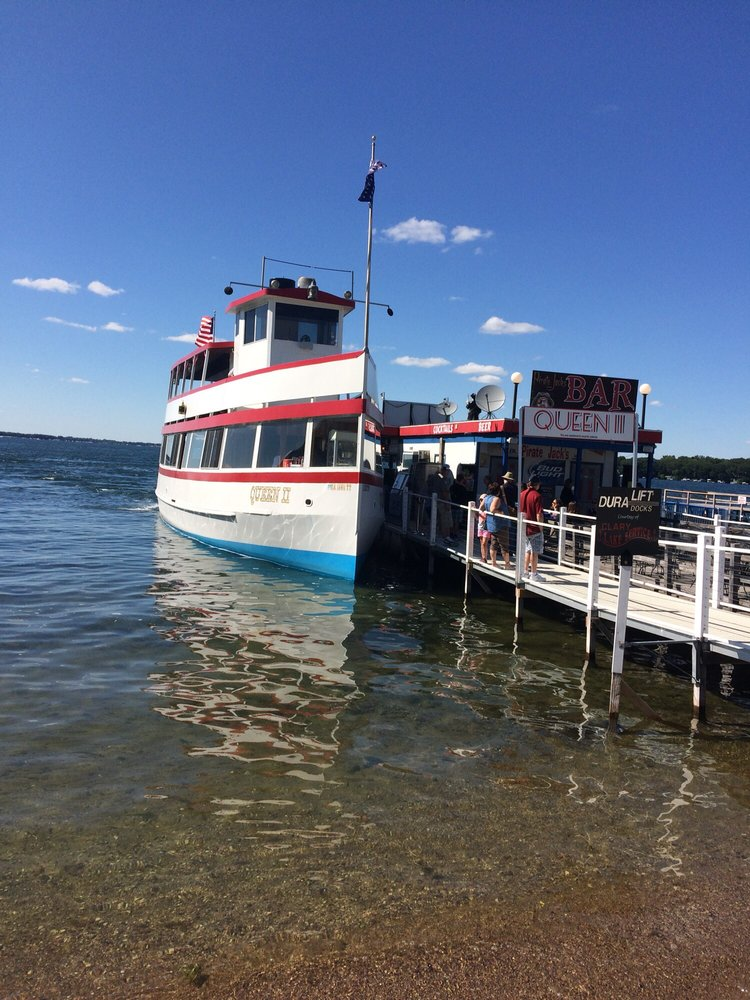 Queen II Excursion Boat: 243 W Broadway St, Arnolds Park, IA