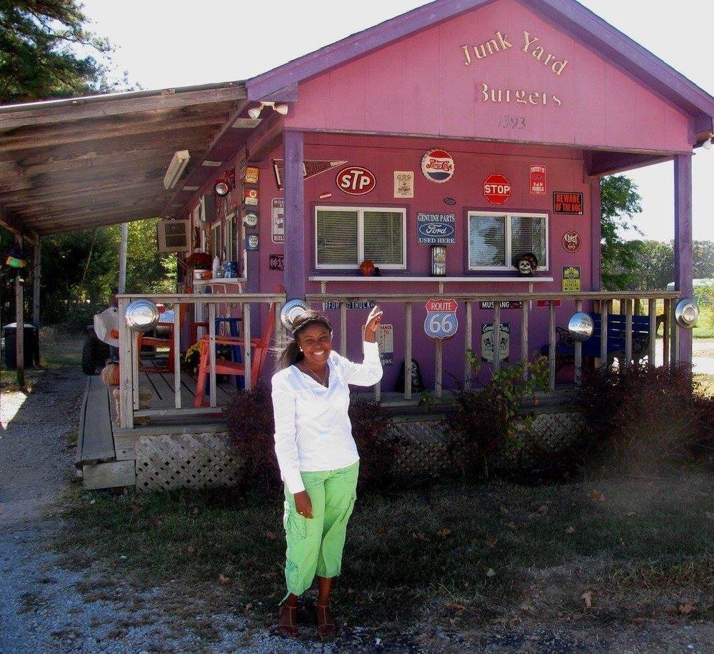 Junk Yard Burgers: 1393 Hwy 348, Guntown, MS