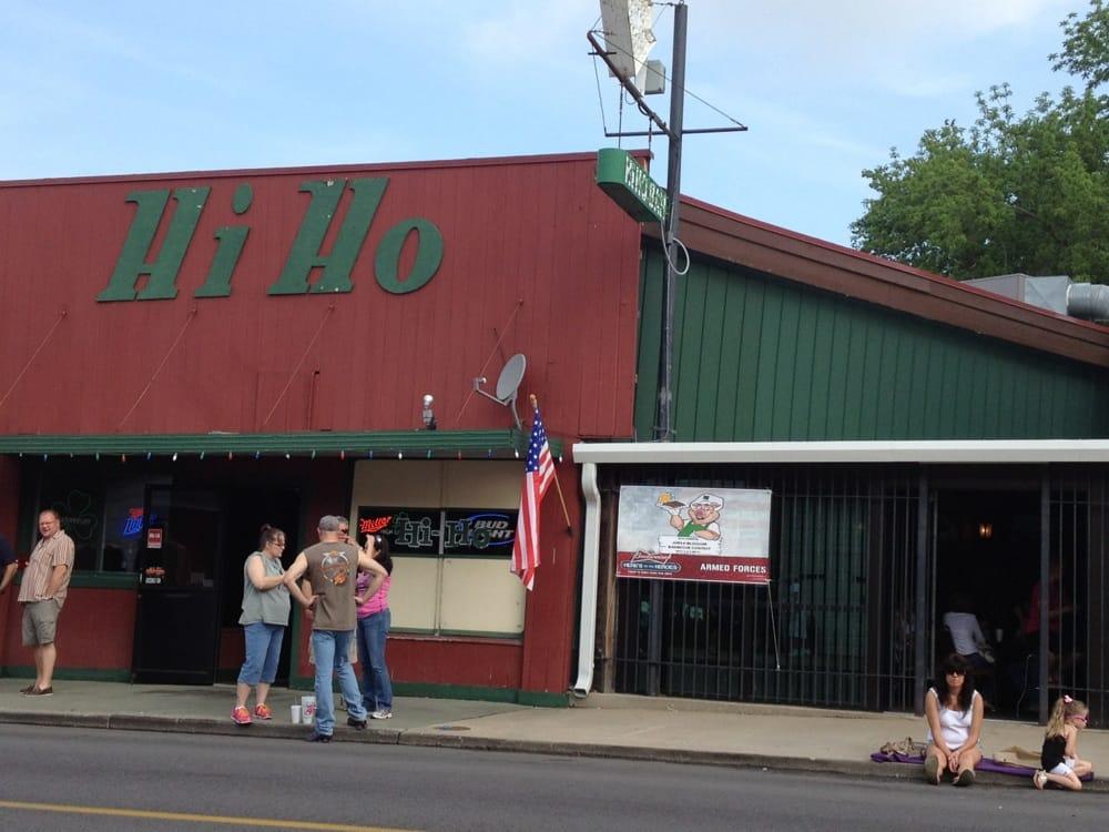 Hi-Ho Bar & Grill