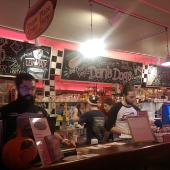 Dans Dogs Hot Dog Eatery Diner 77 Photos 120 Reviews