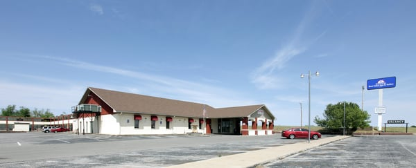 Americas Best Value Inn & Suites: 1415 E Central Blvd, Anadarko, OK
