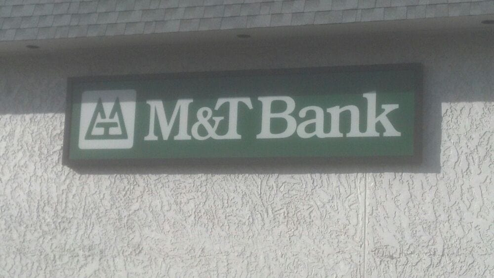 M&T Bank: 500 Main St, Bellwood, PA