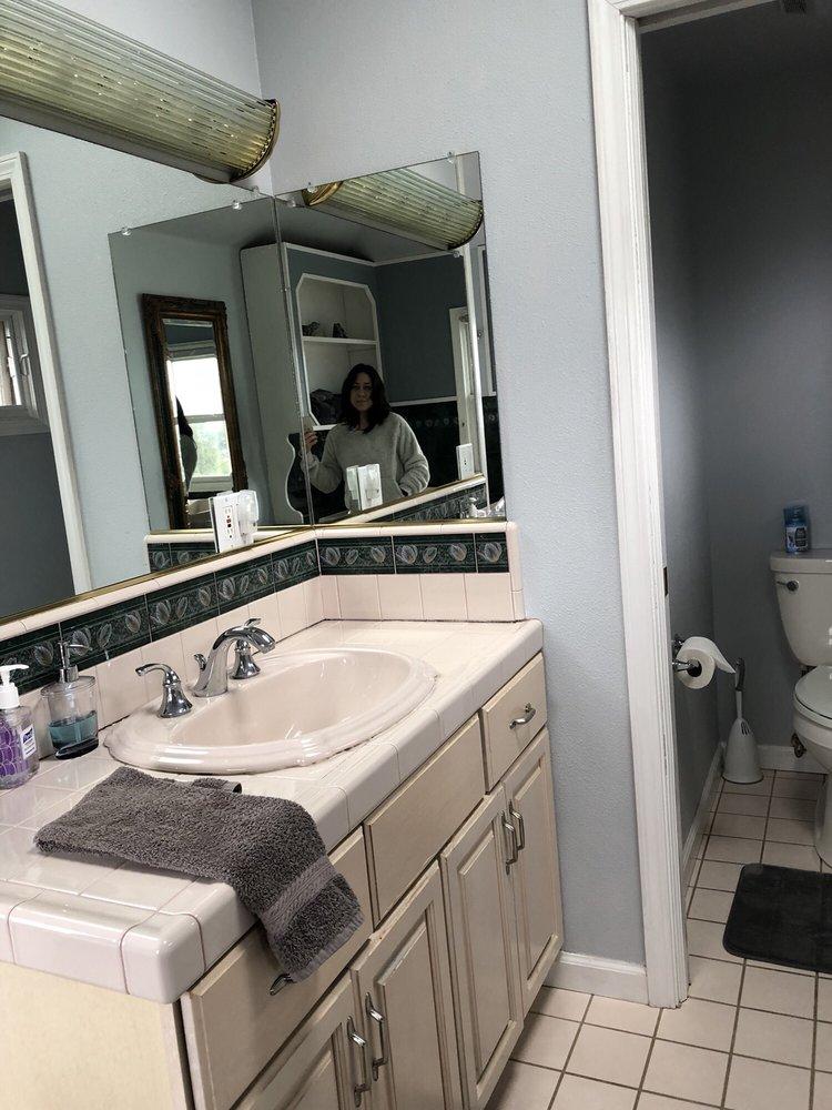 Mendocino Seaside Cottage: 10940 Lansing St, Mendocino, CA