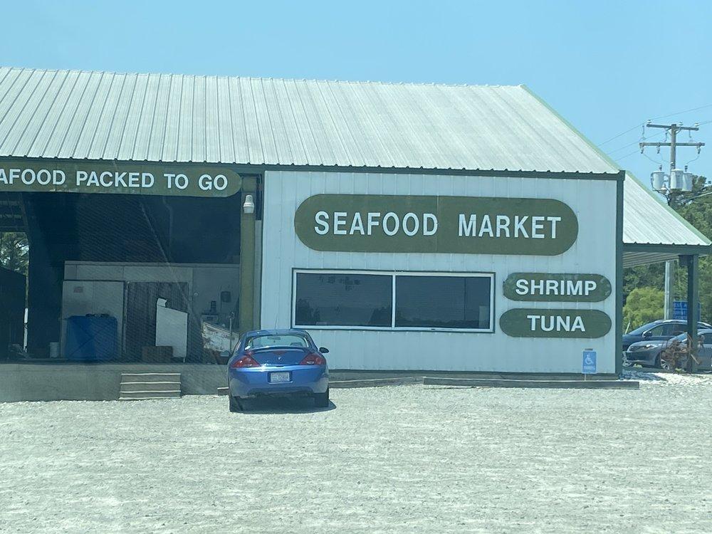 Full Circle Crab Company: 1366 US Hwy 64 E, Columbia, NC