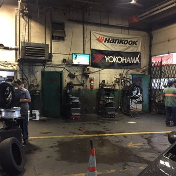 Photo Of Pacheco Tire Repair   Chicago, IL, United States