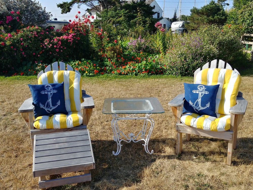 Commander's Beach House: 400 Hudson St, Port Townsend, WA