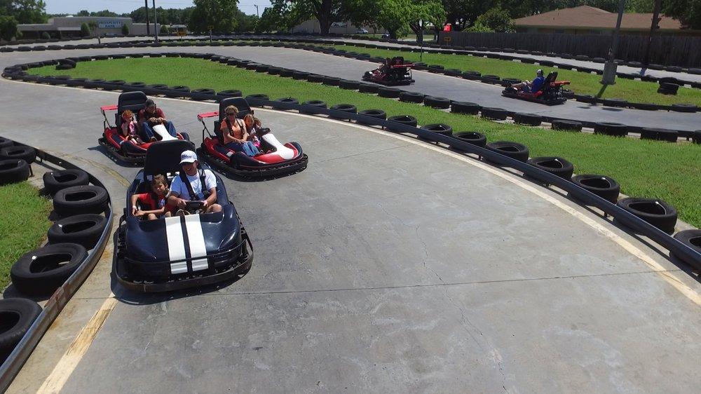 Whatz-Up Family Fun Park: 700 E Cedar Creek Pkwy, Seven Points, TX