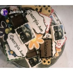 Swell Top 10 Best Custom Cookies In Charlotte Nc Last Updated August Personalised Birthday Cards Veneteletsinfo
