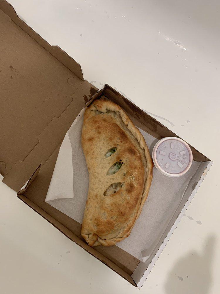 Rocky's Pizzeria & Italian Foods: 2601 S 4th Ave, Yuma, AZ