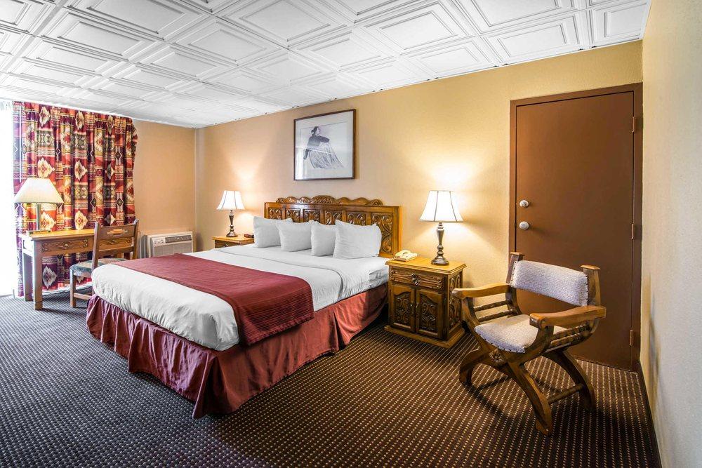Quality Inn: 1043 Paseo del Pueblo Sur, Taos, NM