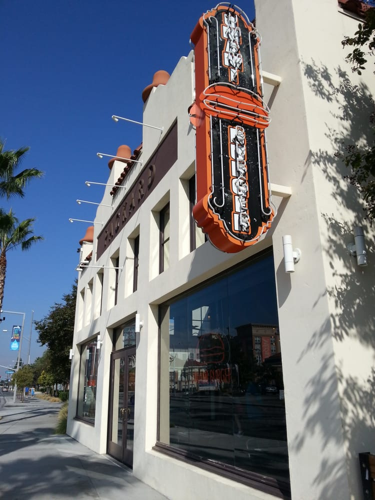 Umami Burger - Anaheim
