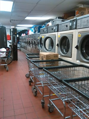11 goodly laundromat 309 e 37th st new york ny laundries mapquest solutioingenieria Images