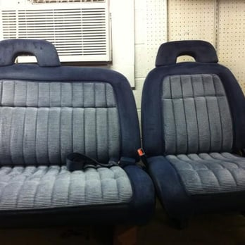 Phenomenal Chevy Truck Split 60 40 2 Wd Front Bench Seats Yelp Machost Co Dining Chair Design Ideas Machostcouk