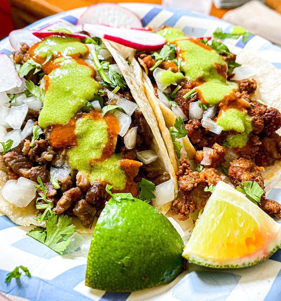 Food from Tacos El Machin