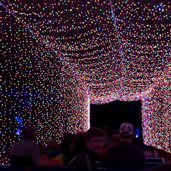 Mega Cavern Christmas Lights.Mega Cavern Christmas Lights The Imagine Christmas