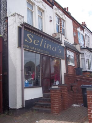 Selina s unisex hair beauty studio coiffeurs salons for Abbey road salon