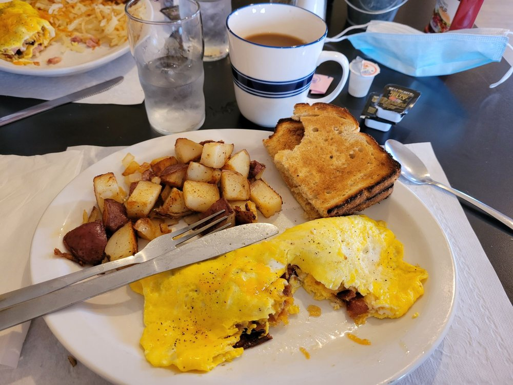 Photo of Rustic Corner Cafe: Birchwood, WI