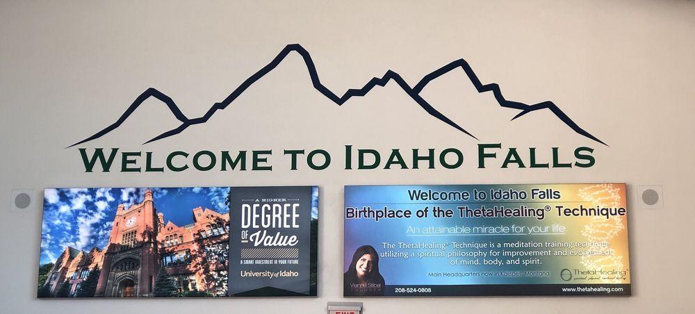 Idaho Falls Regional Airport: 2140 N Skyline Dr, Idaho Falls, ID