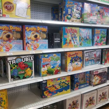 Toys R Us Closed 28 Photos 16 Reviews Toy Stores 447 Great