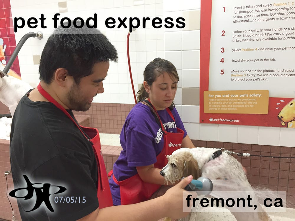Pet Food Express: 39010 Paseo Padre Pkwy, Fremont, CA