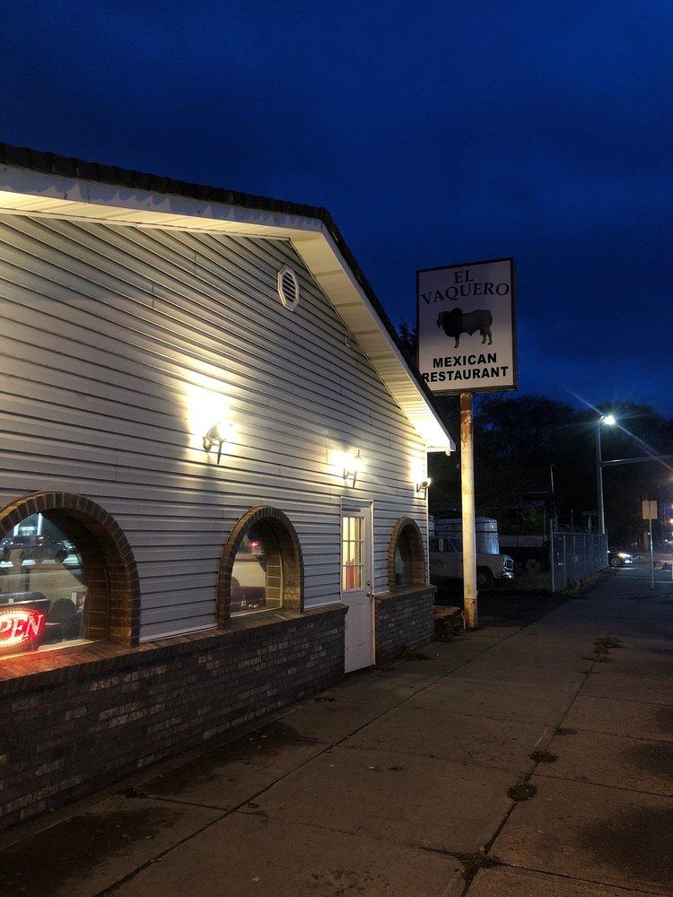 El Vaquero Restaurant: 960 S Broadway St, Blackfoot, ID