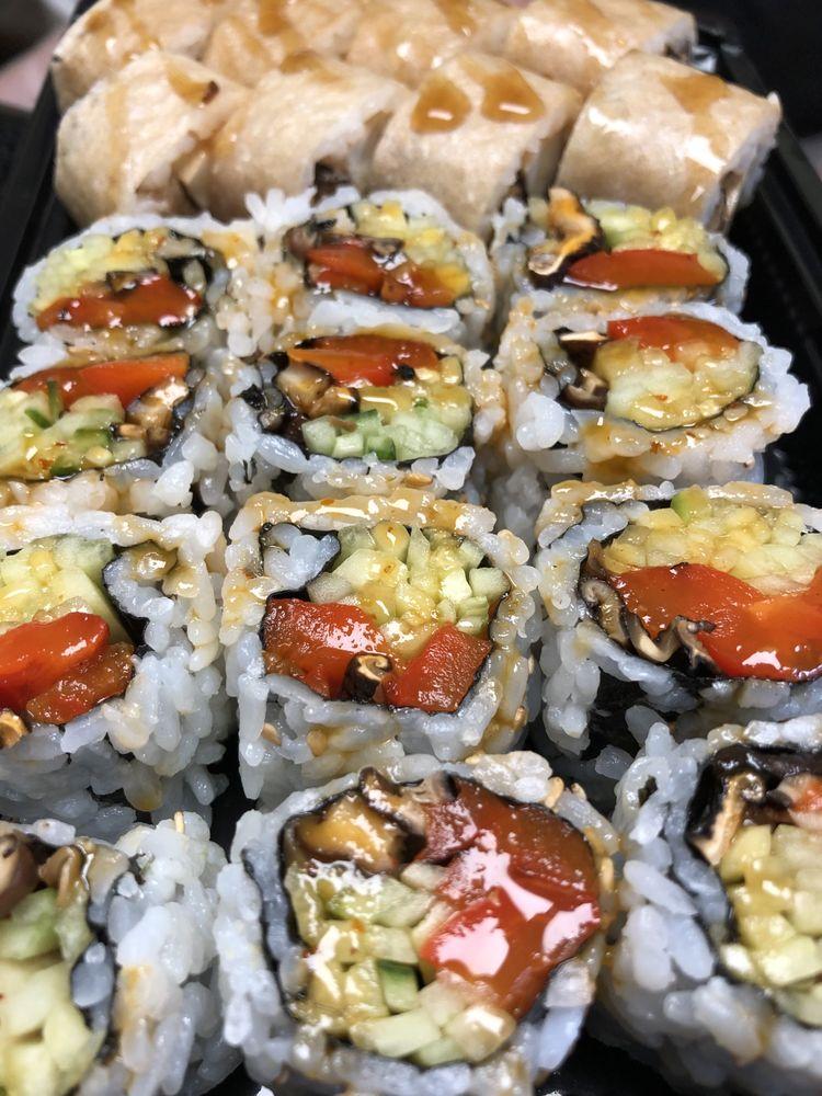 Naturally Good Sushi: 38 S Etna Ave, Montauk, NY