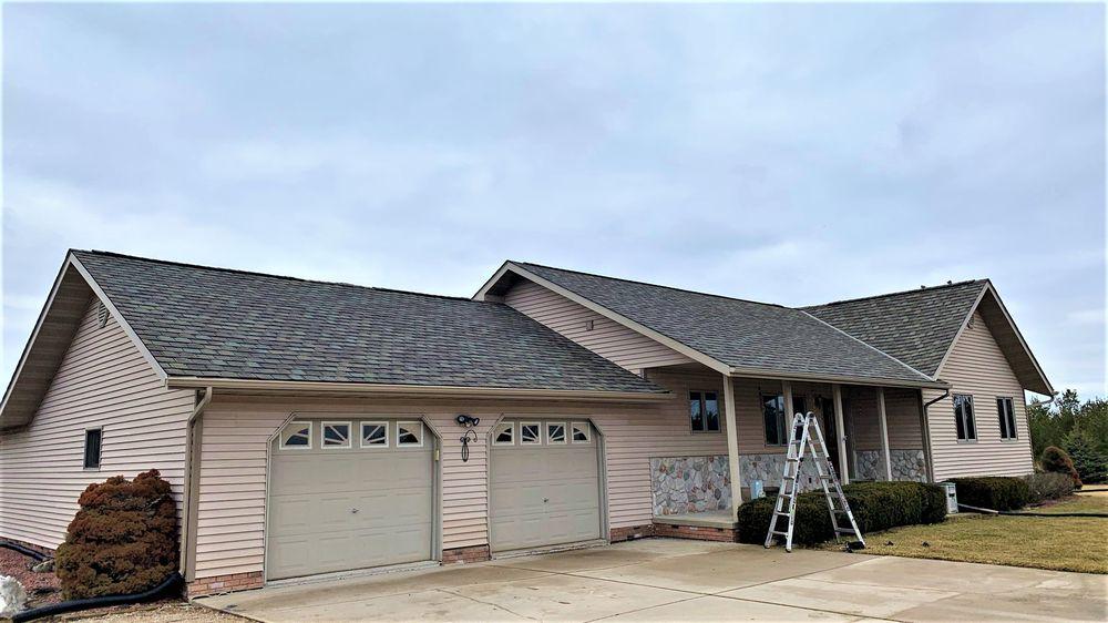 Brookens Construction: 6592 Lake Rd, Windsor, WI
