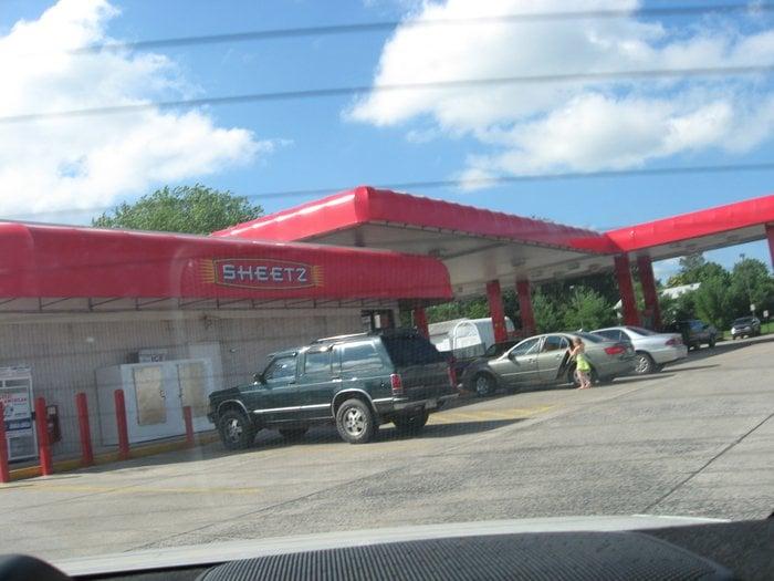 Sheetz Convenience Store: 3625 Peters Mountain Rd, Halifax, PA