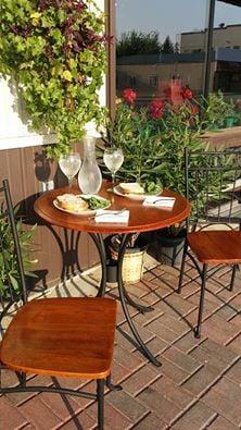 Cafe X: 216 Main Ave N, Baudette, MN