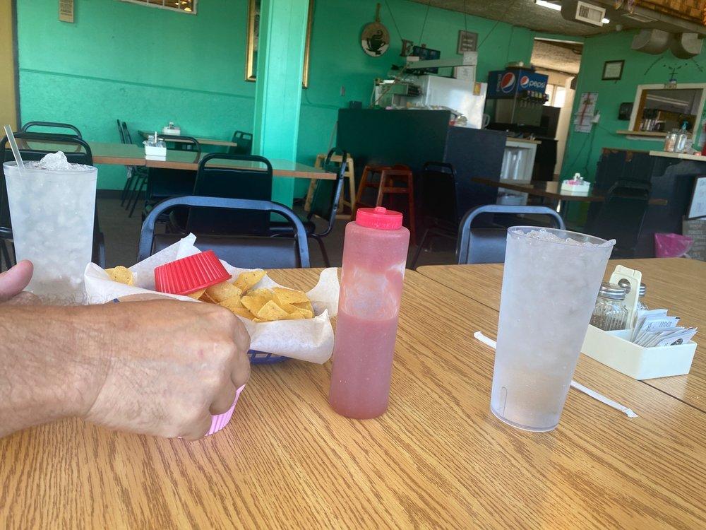 Norma's Cafe: 101 Nez Perce St, Satanta, KS