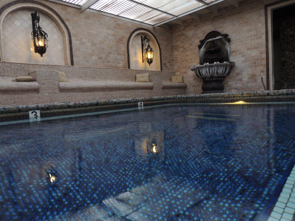 Tuscan Springs Hotel & Spa: 68187 Club Cir Dr, Desert Hot Springs, CA