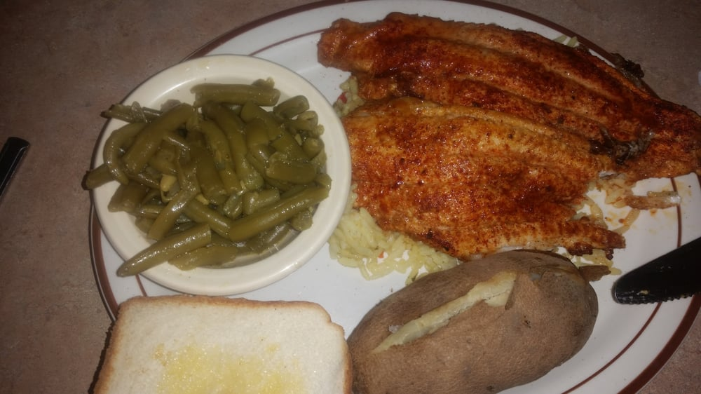 Catfish Dock: 2003 W Everly Brothers Blvd, Greenville, KY