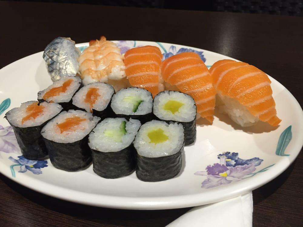 Phenomenal Taste Buffet Libre Japones Arnau Oms 27 Nou Barris Interior Design Ideas Inamawefileorg