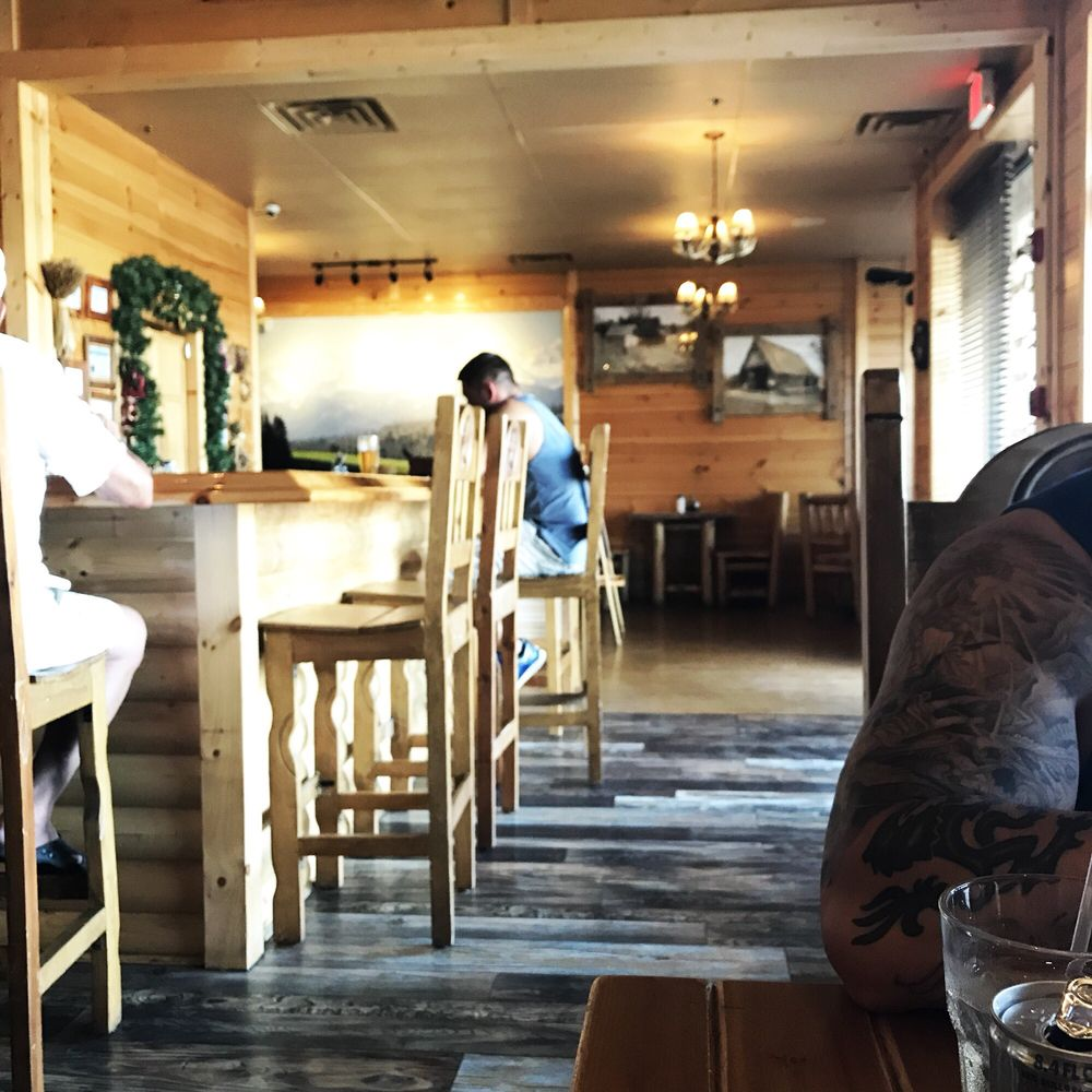 Photo Of Bacowka Schaumburg Il United States Great Wrap Around Bar